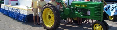 Image of tractor in parade